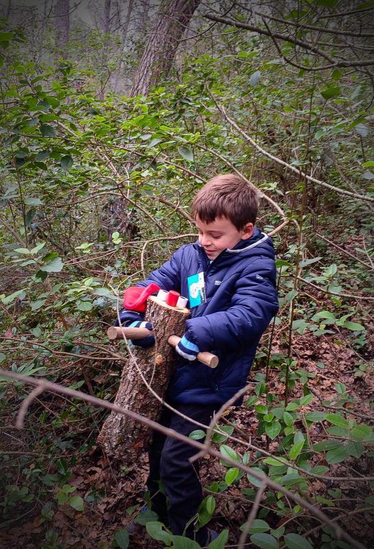 06.12.2015 El nostre cinque tio trobar als boscos de Clariana, amb la mateixa il.lusió del primer dia  Clariana -  familia Sequi-Serrano