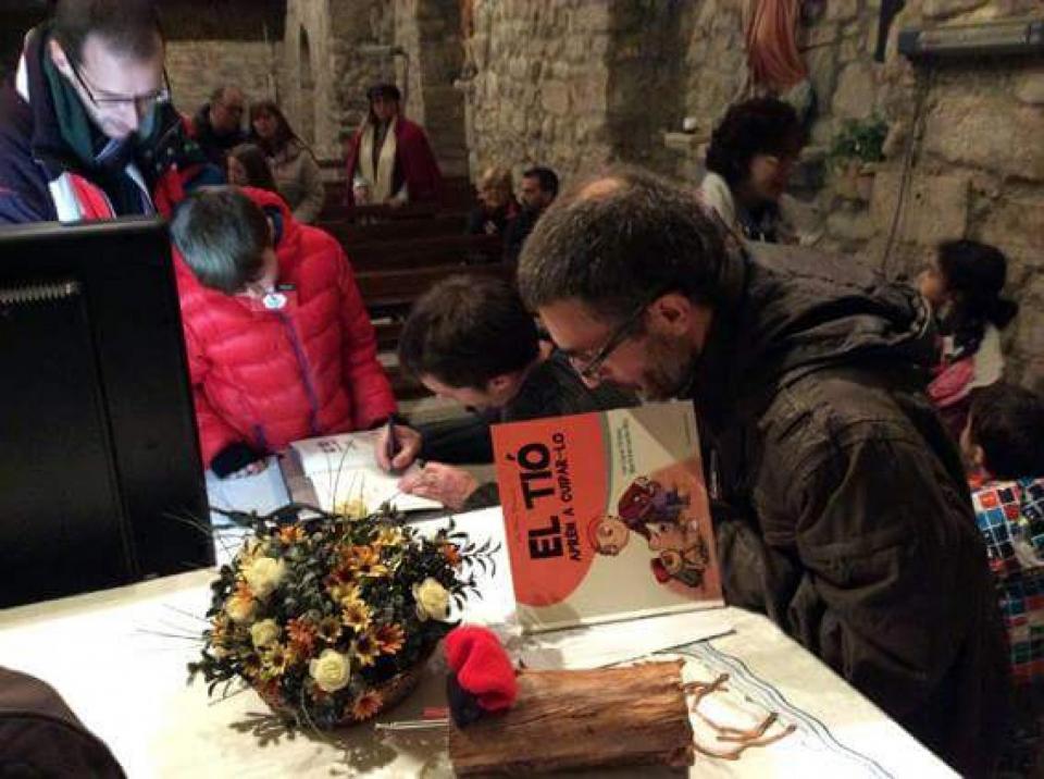 06.12.2015 Presentació a l'església  Clariana -  Cossetània Edicions