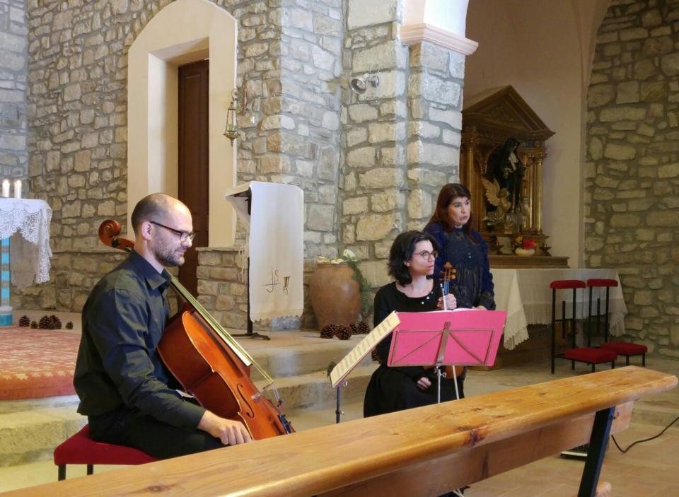 20.03.2016 Maria Santfores Salla Sola i els músics Ana Gutiérrez i Francesc Badia  Argençola -  Martí Garrancho