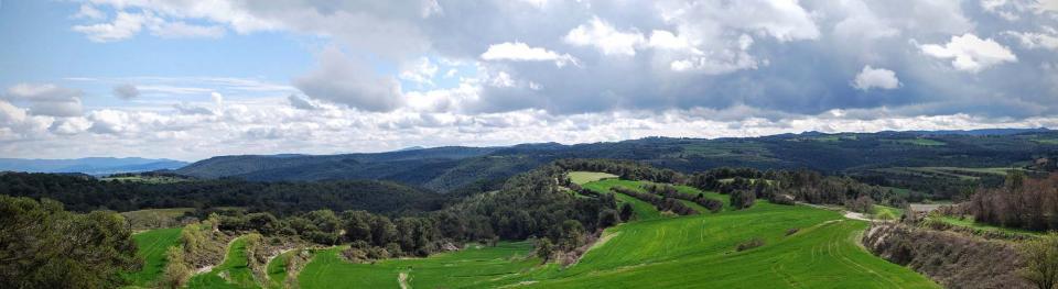 20.03.2016 Panoràmica mirant la serra de Miralles  Argençola -  Ramon Sunyer