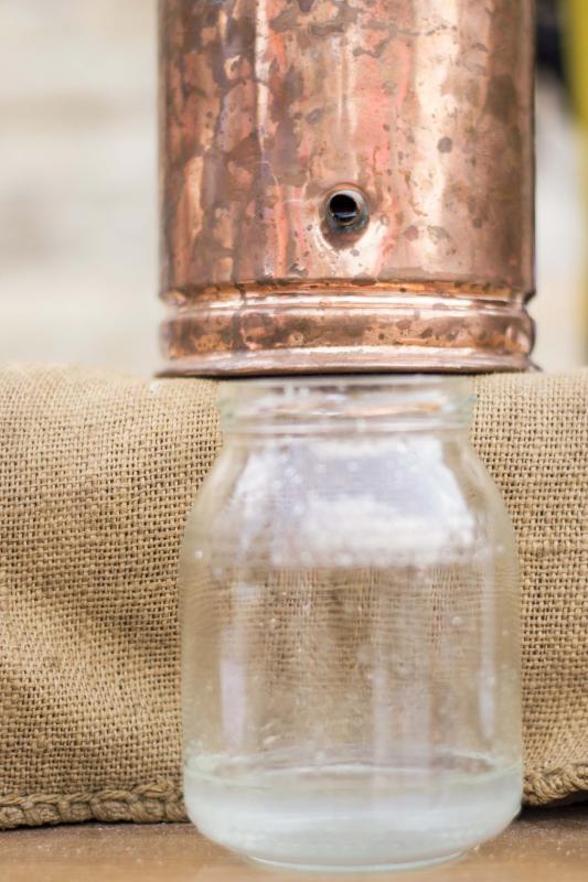 11.06.2016 Destil·lació de ginebra  Argençola -  Txetxu Sanz