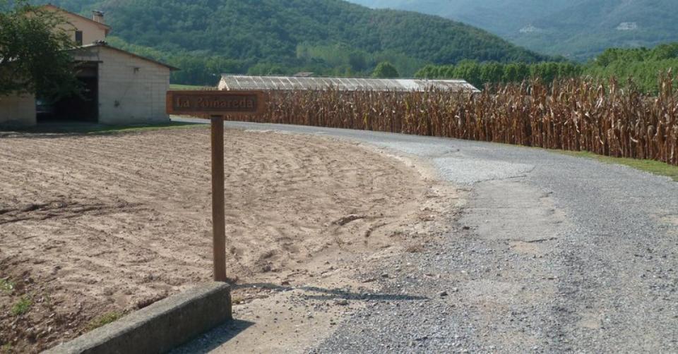 Alerta amb oferiments d'asfaltat de camins o finques a baix preu Foto: JC- El Punt Avui - Vall de'n Bas