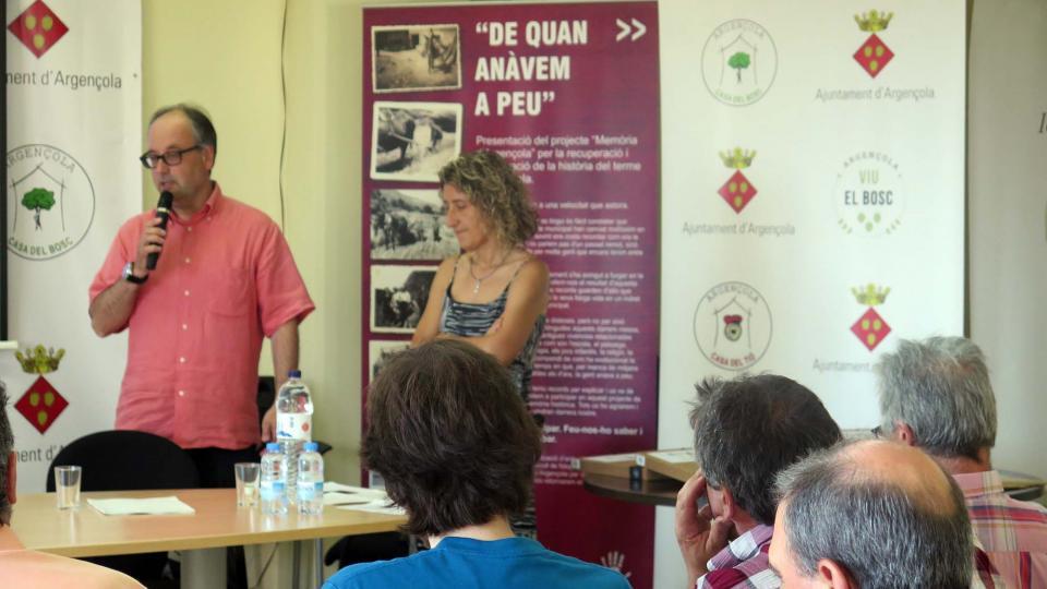 02.07.2016 Gumersind Parcerisas,Tinent d'alcalde d'Argençola, dóna la benvinguda als assistents  Argençola -  Sílvia Invers