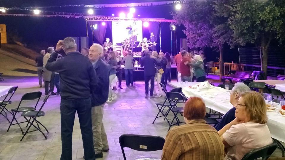 12.08.2017 Ball de Festa Major amb el grup Slalom Express  Argençola -  Marina Berenguer
