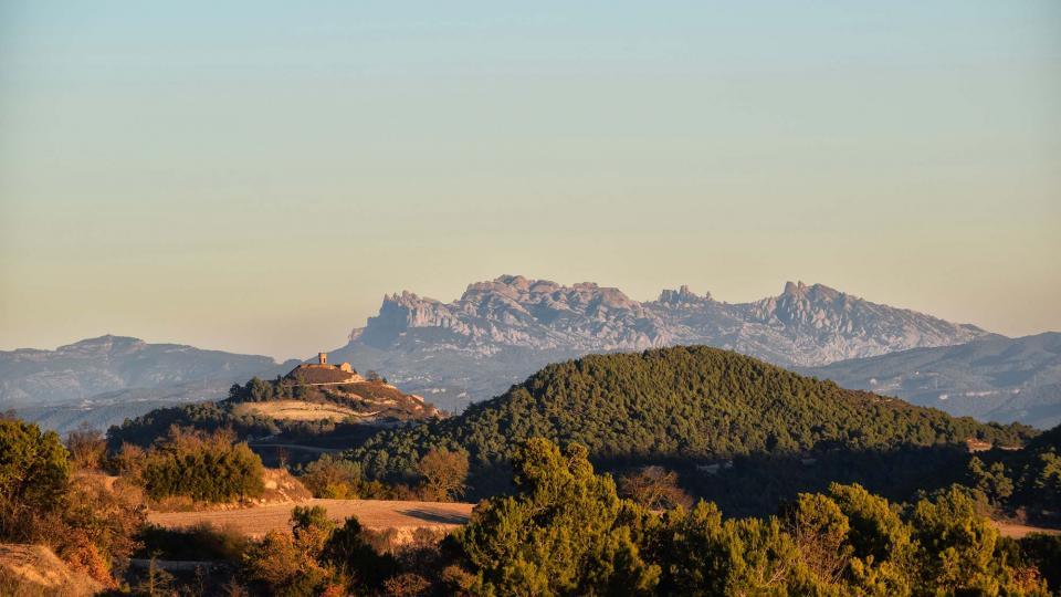 16.12.2017 Argençola i Montserrat des de Bellmunt de Segarra  Argençola -  Ramon  Sunyer