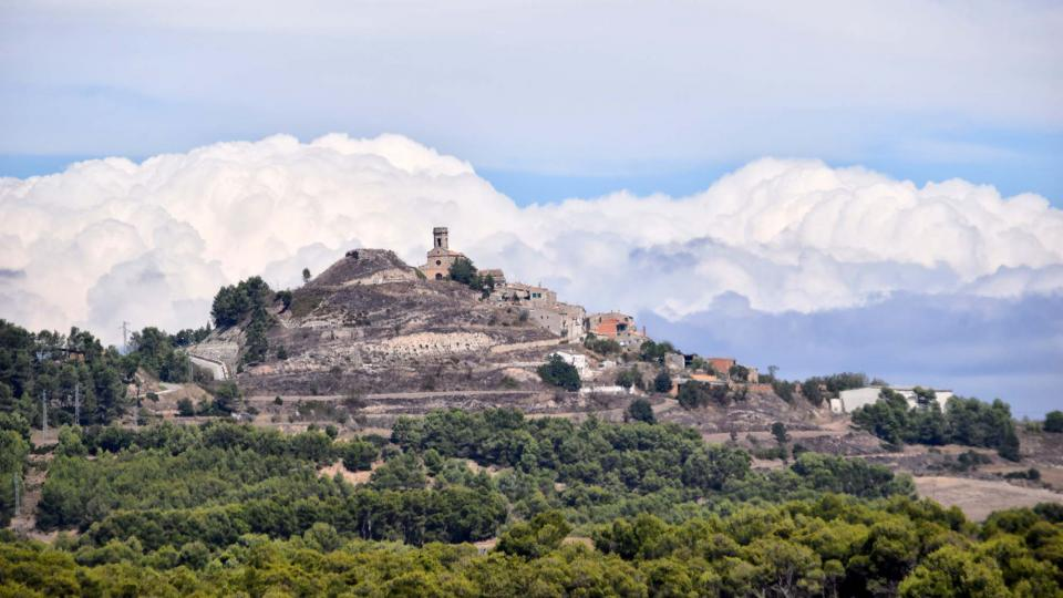 16.09.2017 vista del poble  Argençola -  Ramon Sunyer
