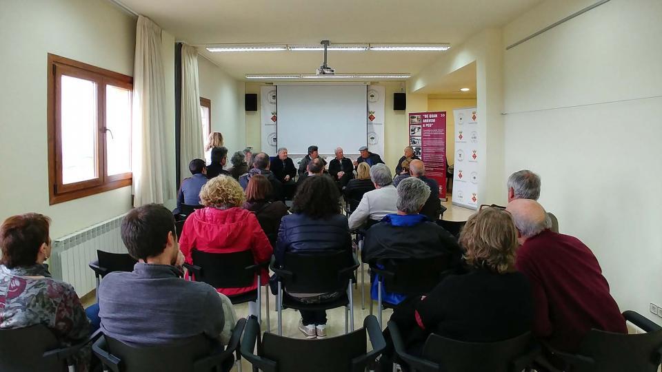 14.04.2018 Presentació del vídeo i exposició Saurins: la percepció del subsòl  Argençola -  Martí Garrancho