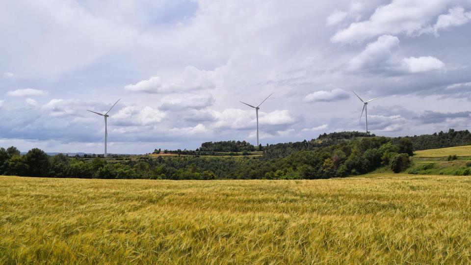 Argençola ja té sis aerogeneradors en el parc del Turó del Magre
