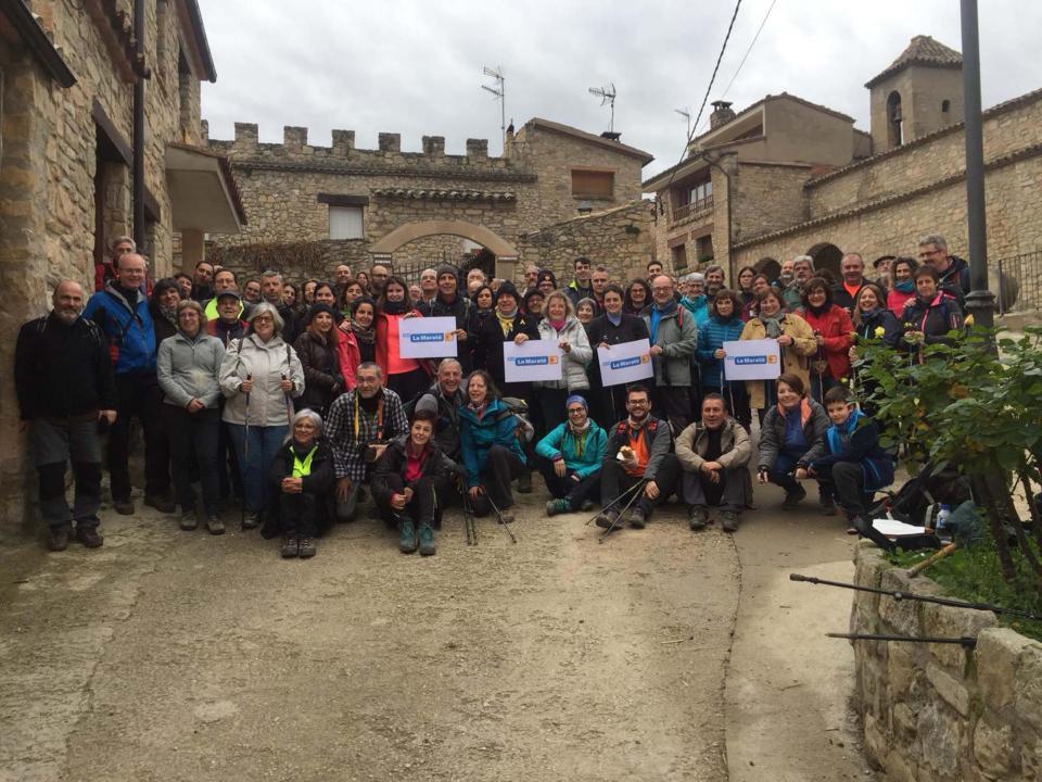 Participants a la caminada popular i a la marxa nòrdica per la Maratò