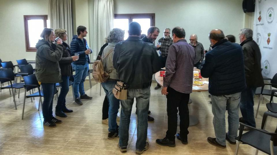 La sessió informativa va finalitzar amb un aperitiu - Argençola