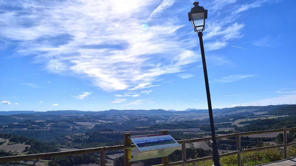 03.11.2018 Mirador del castell  Argençola -  Ramon  Sunyer