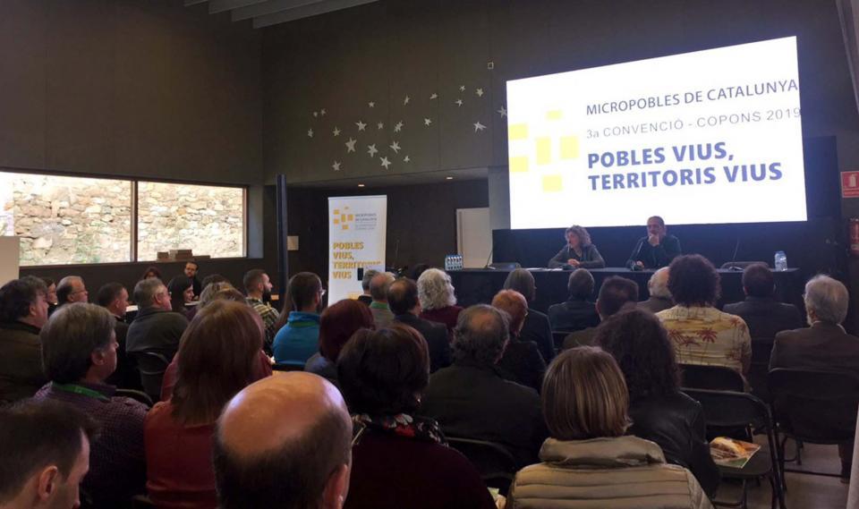 L'Associació de Micropobles presenta l'avantprojecte de llei de l'Estatut del Micropoble a la 3a Convenció 'Pobles vius, territoris vius' -