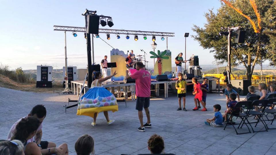 10.08.2019 Espectacle: Lolo, on ets?   Argençola -  CatRock en Família