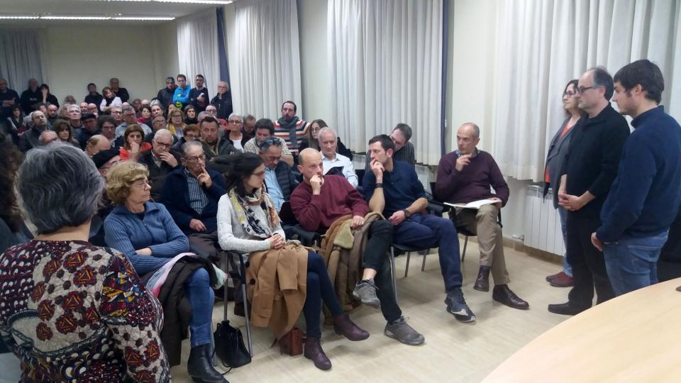 La reunió informativa va congregar molt públic - Argençola