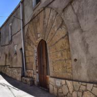 Argençola: portalada casa  Ramon Sunyer