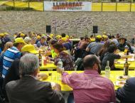 Argençola: El cartell de Llibertat Presos Polítics presidint l'acte  Martí Garrancho